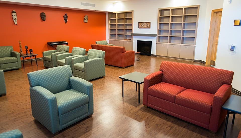 Senior Housing - Reading Room